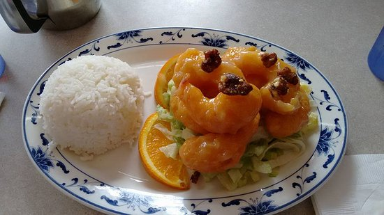 Waldport, Oregón: Honey Walnut Prawns