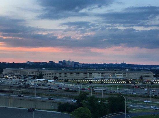 DoubleTree by Hilton - Washington DC - Crystal City: photo4.jpg
