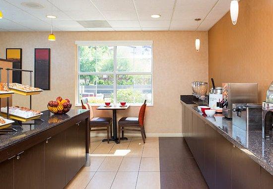 Peoria, Аризона: Breakfast Buffet