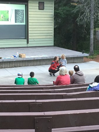 Manning Park, Canada: Audience participation at the amphitheatre evening talk
