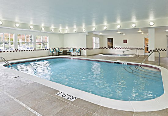 Rancho Cordova, Californien: Indoor Pool & Whirlpool