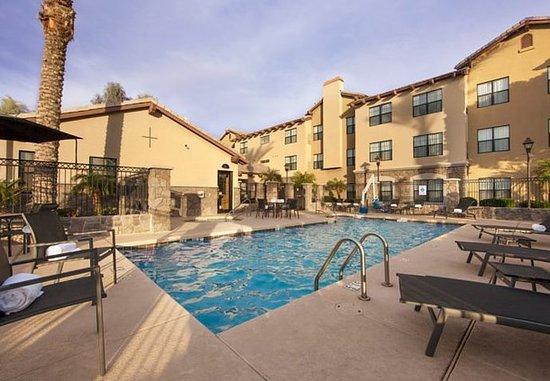 Goodyear, AZ: Outdoor Pool