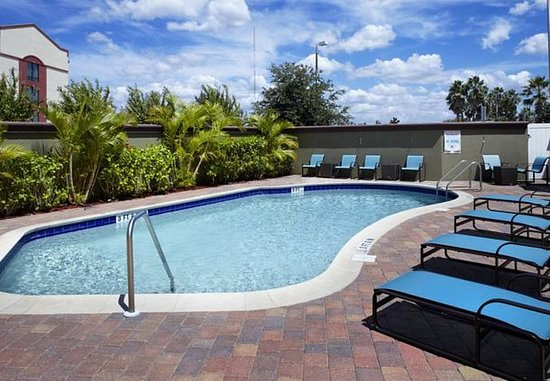 Oldsmar, FL: Outdoor Pool