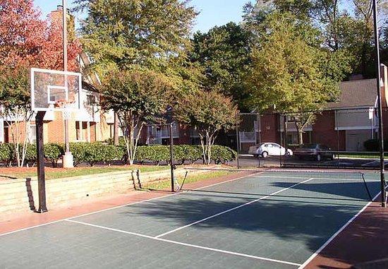 Chamblee, Джорджия: Sport Court