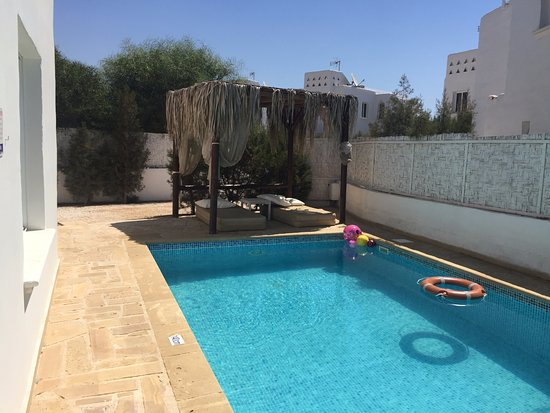 ‪تالاسينيز بيتش فيلاز: the privet pool al the our villa‬
