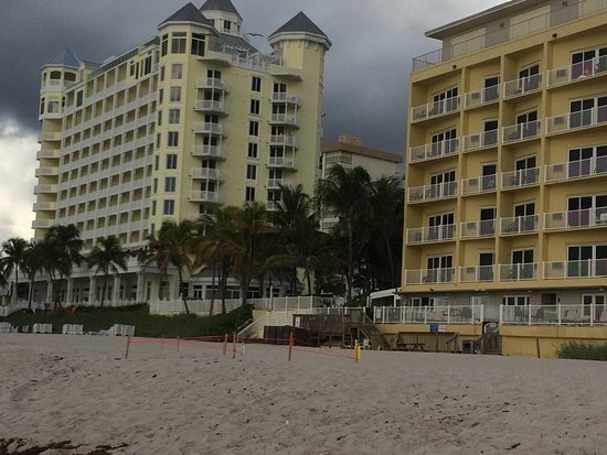 Foto Sun Tower Hotel & Suites on the beach
