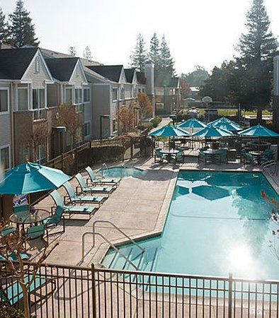 Pleasant Hill, CA: Outdoor Pool
