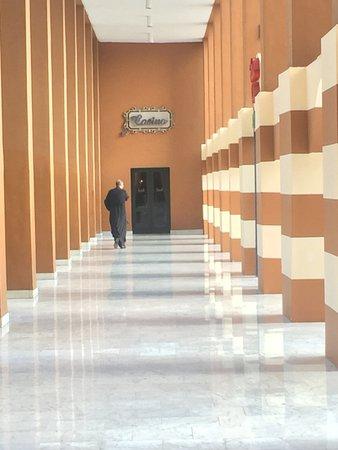 Cairo Marriott Hotel & Omar Khayyam Casino: at Gezira tower to garden promenade