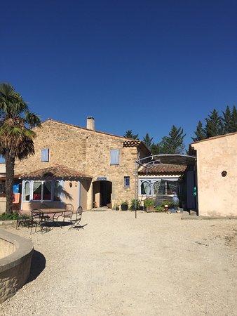La Tour d'Aigues, França: photo0.jpg