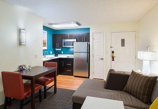 Framingham, MA: Studio Suite – Kitchen