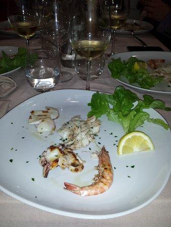 Boscoreale, Италия: secondo di pesce