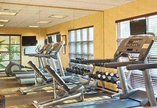 Woburn, MA: Exercise Room