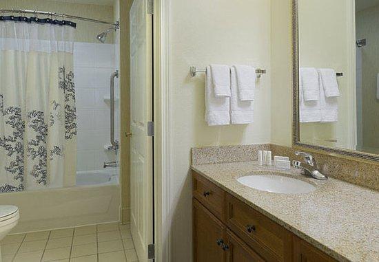 North Wales, Pensilvania: Suite Bathroom