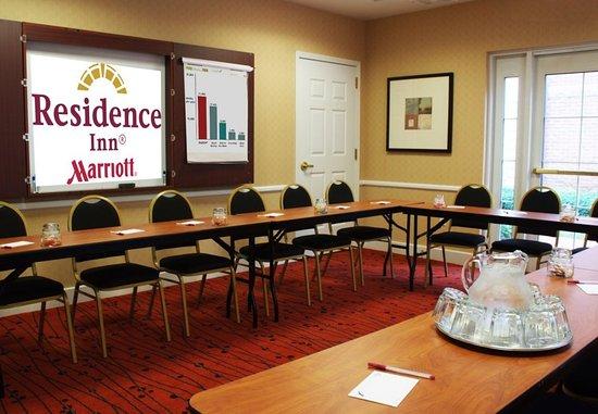 Avon, CT: Meeting room