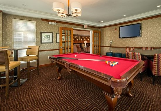 Dulles, VA: Billiard Table