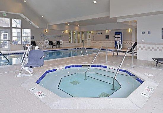 Aurora, CO: Indoor Whirlpool