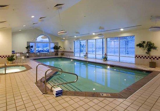 Sandy, UT: Indoor Pool & Spa