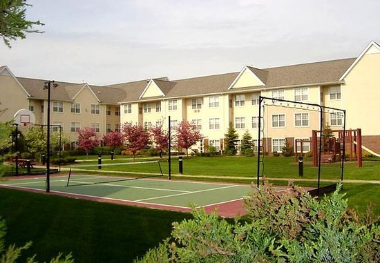 Pontiac, MI: Sports Court