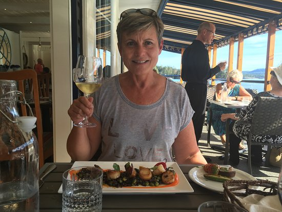 Halfmoon Bay, Kanada: happy dining