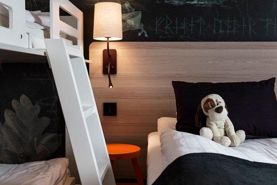 Taby, Suécia: Scanidc TBy Family Room Four Dog
