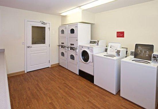 Kent, WA: Guest Laundry
