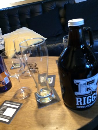 Urbana, IL: Take Home a Growler!