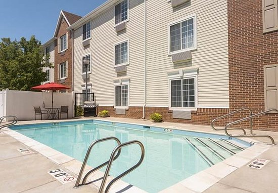 Layton, UT: Outdoor Pool