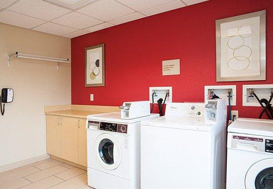 Johnston, Αϊόβα: Guest Laundry Facilities