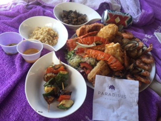 Paradisus Playa Del Carmen La Esmeralda: The delicious seafood platter that can be ordered throughout the resort...about $40 US