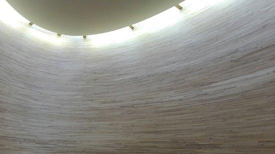 Kamppi Chapel of Silence : IMG_20160824_144306_large.jpg