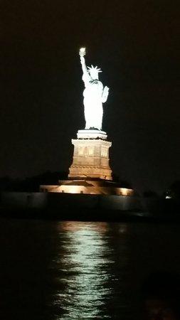 Manhattan By Sail - Clipper City Tall Ship: 20160817_224624_large.jpg