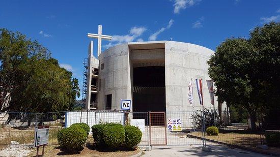 la chiesa mai completata di Solin