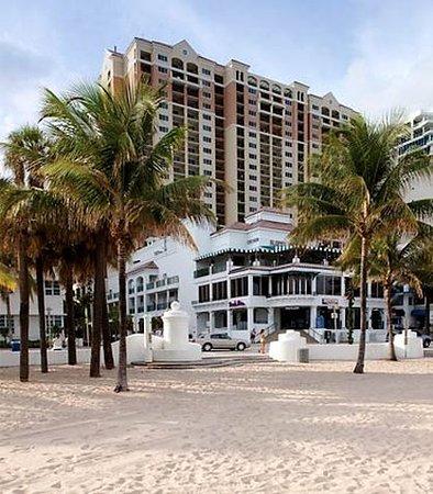 Marriott's BeachPlace Towers: Exterior