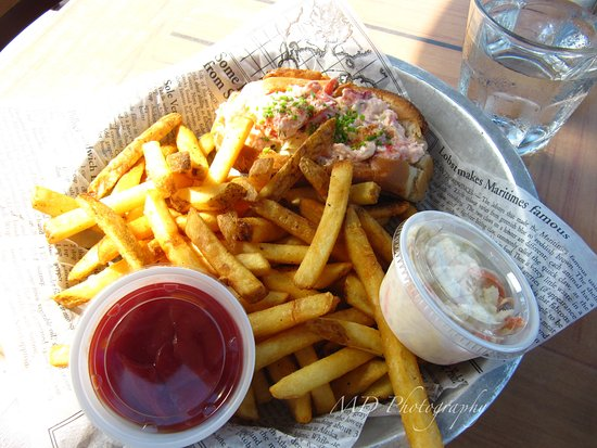 Kensington, Canada: Lobster roll