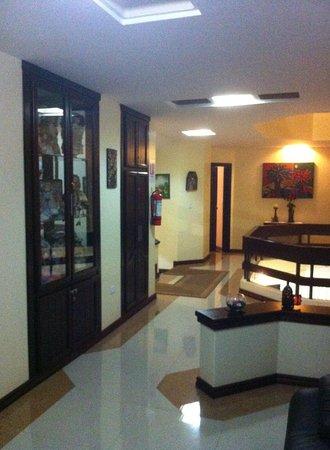 Hotel Mak Inn House : Nuestro Hotel es tu casa en Latacunga