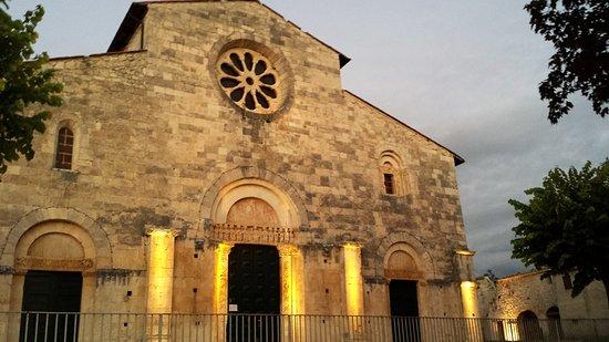 Chiesa di san tommaso caramanico terme 2019 all you for Di tommaso arredamenti ostia