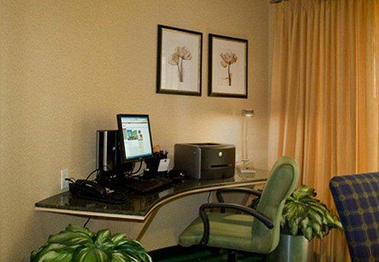 Lancaster, CA: Business Center