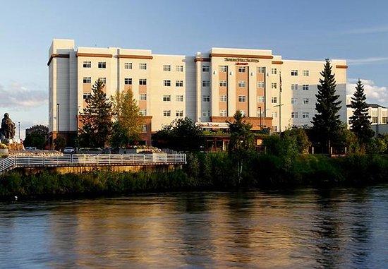 SpringHill Suites Fairbanks: Exterior