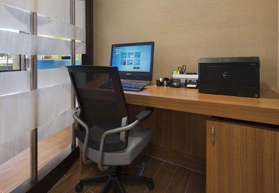 Mishawaka, IN: Business Center