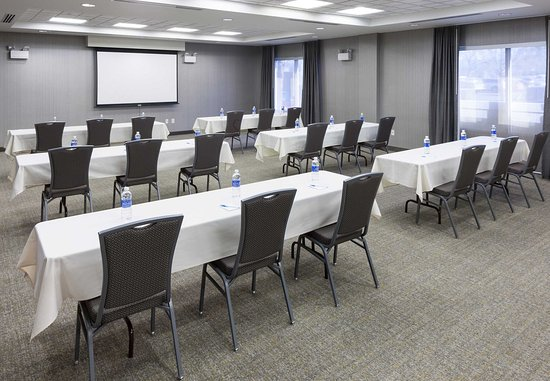 Vancouver, WA: Columbia Meeting Room