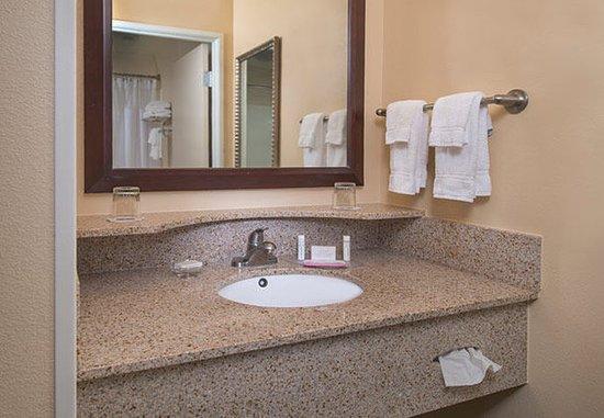 Prince Frederick, Μέριλαντ: Bathroom Vanity