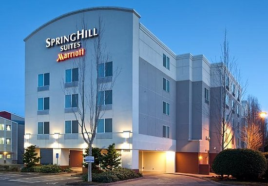 Photo of SpringHill Suites Portland Airport