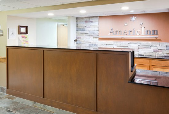 Americ Inn Apple Valley Front Desk