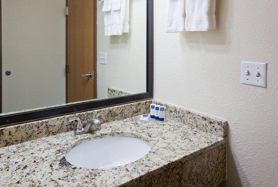 Americ Inn Apple Valley Standard Vanity