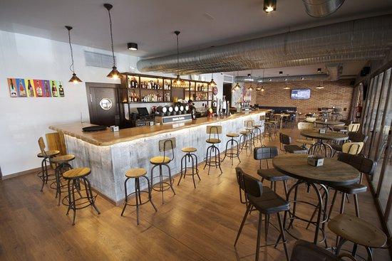 Restaurante hawks beerhouse en fuengirola con cocina - Cocinas fuengirola ...