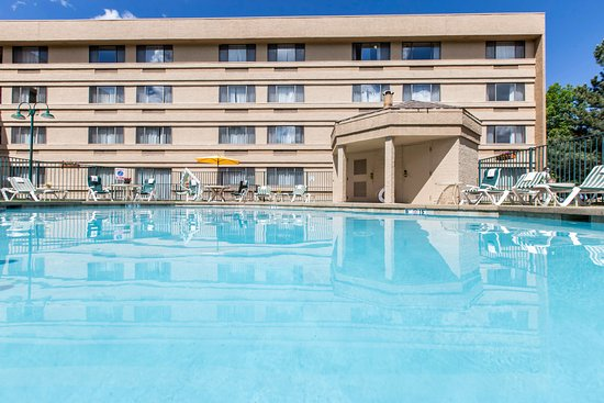 Avon, CO: Pool