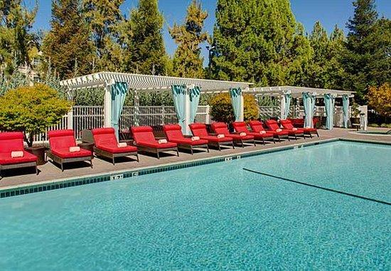 Pleasanton, Kalifornia: Outdoor Pool