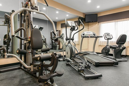 Terre Haute, IN : Fitness center