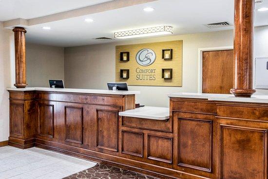 Comfort Suites: Tn Lobby