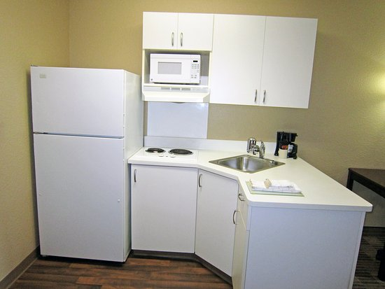 Temple Terrace, FL: Fully-Equipped Kitchens